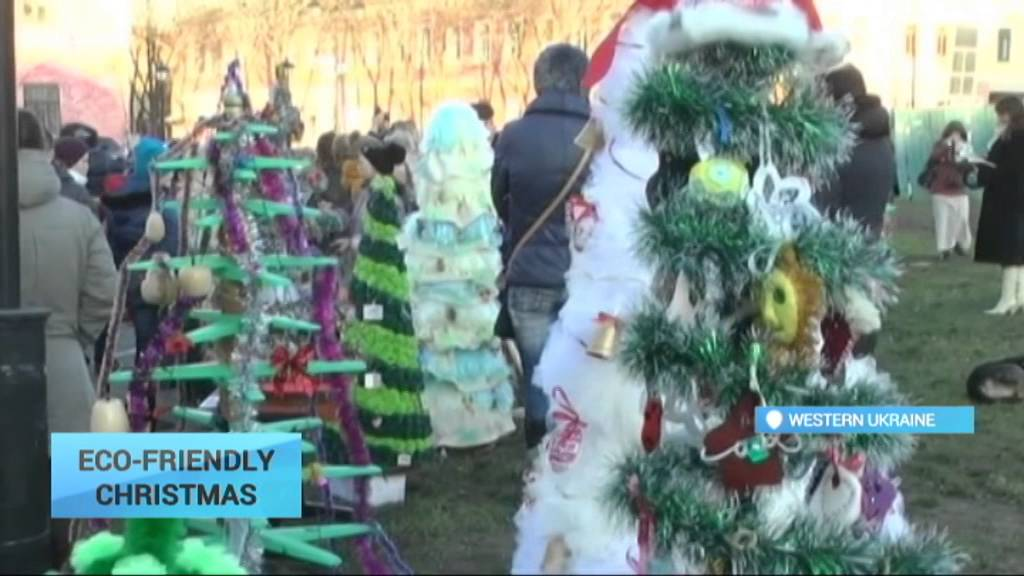 eco friendly christmas trees plastic containers balloons bottles shoes used to make trees youtube - Christmas Tree Containers