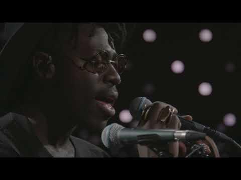 Moses Sumney - Quarrel (Live on KEXP)