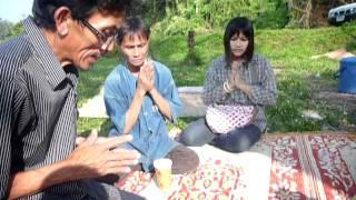 baby elephant Khun chai 1 year buddhist ceremony 22nd Nov.2011,part4.
