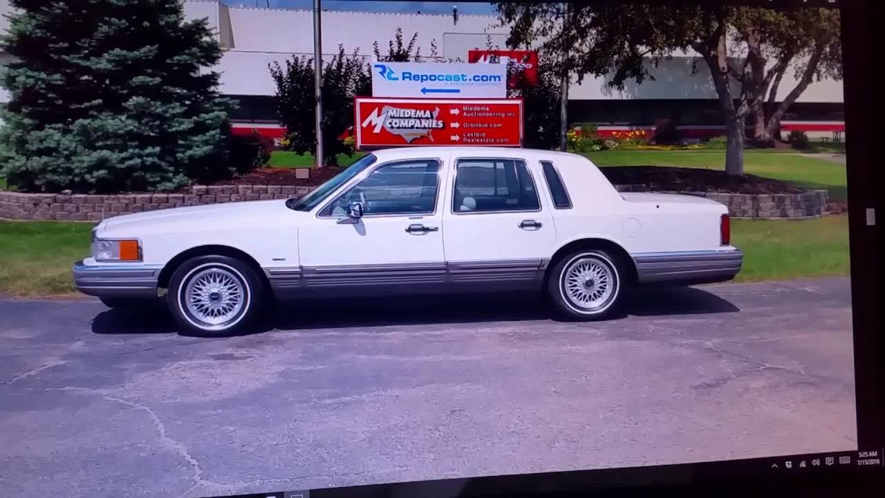 One Of A Kind 1990 Lincoln Town Car Signature Series Youtube