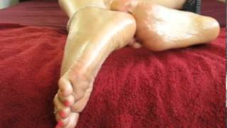 Sexy Girls Oily Feet, Toes And Soles !!!