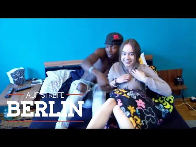Party hard? Mutter erwischt Nele (15) mit ihrem Freund im Bett! | Auf Streife - Berlin | SAT.1 TV