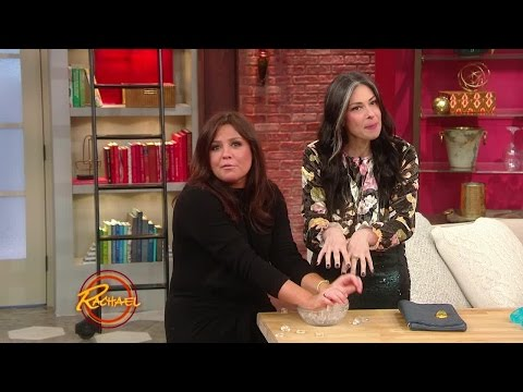 Thumbnail: Stacy London + Her Sister Jaclyn Share Tips for Surviving Holiday Parties