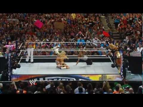 WWE Diva: Kelly Kelly's Finishing & Signature Moves