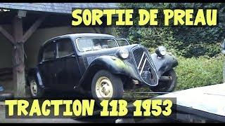 Sortie de préau Traction 11B 1953