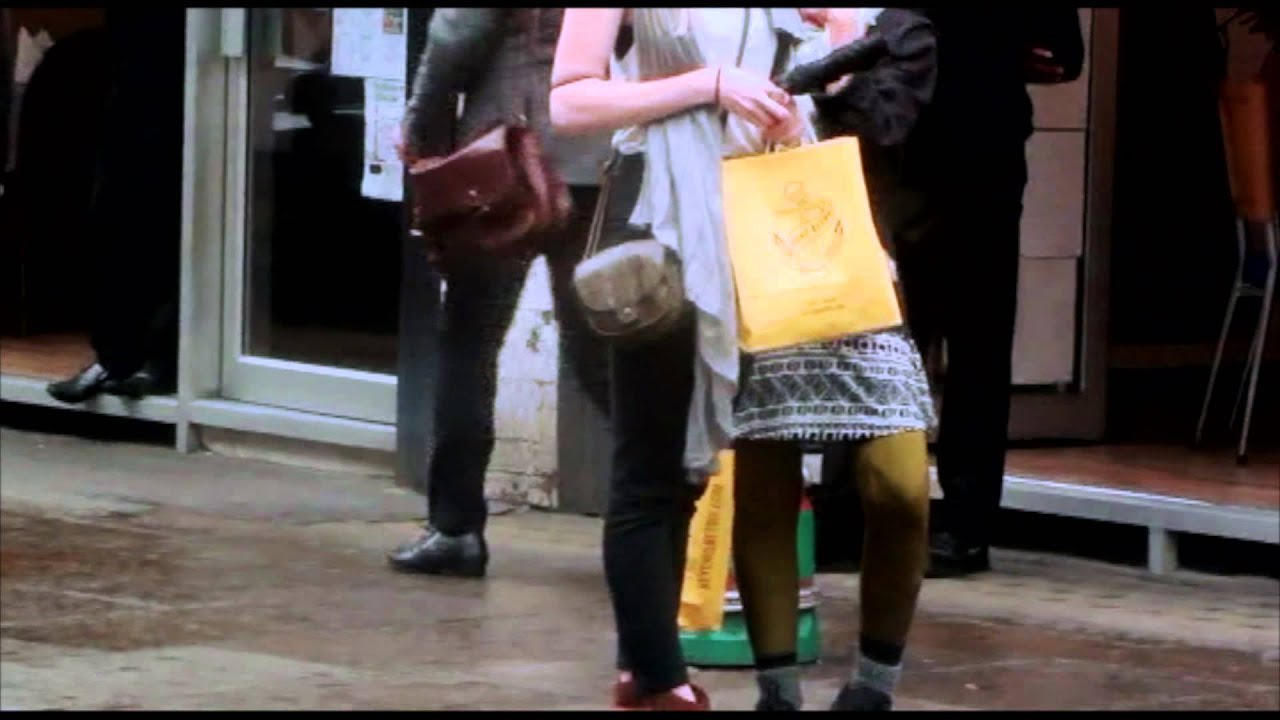 Street Style Fashion In London Youtube
