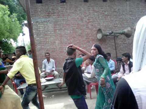 AZAMGARH ravi/baabi band baja dance(2)