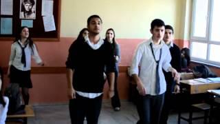 Gambar cover Kağıthane Anadolu Lisesi 11/AC sınıfından yarım kalmış Ai Se Eu Te Pego performansı