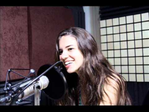 Radio One Lebanon النجمه لارا اسكندر على