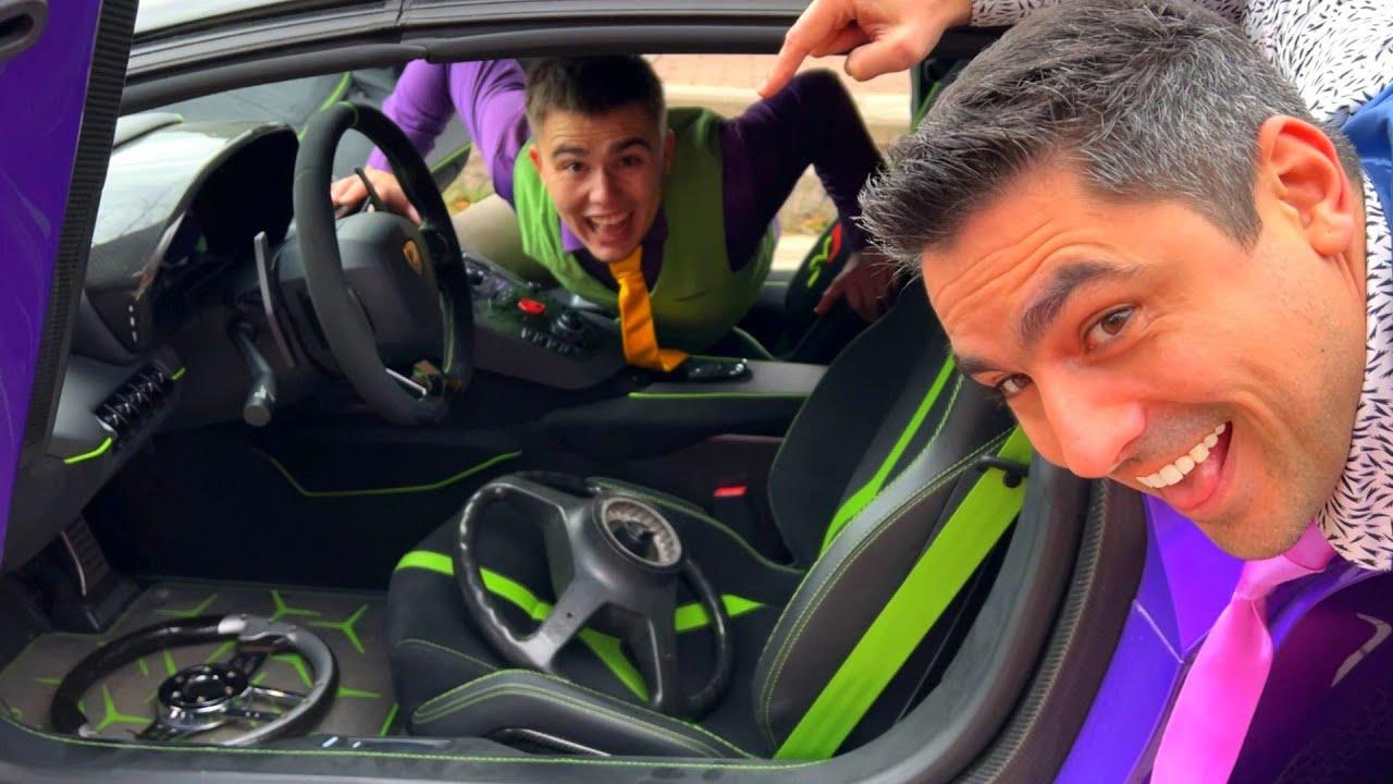 Mr. Joe on Opel Insignia Put Steering Wheels in Car's Interior VS Mr. Joker on Lamborghini 13+