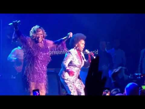 Jenifer Lewis joins Patti LaBelle on stage 472018