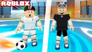 We played football using our superpowers! - Roblox Super Striker League with Panda