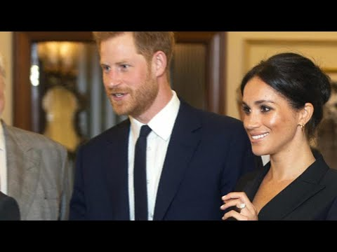 Meghan Markle and Prince Harry Enjoy 'Hamilton' Date Night!