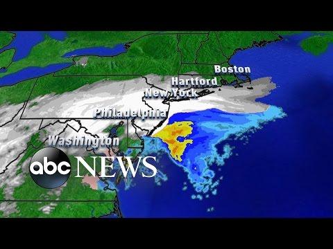 Snow Shuts Down Washington, D.C., New York City
