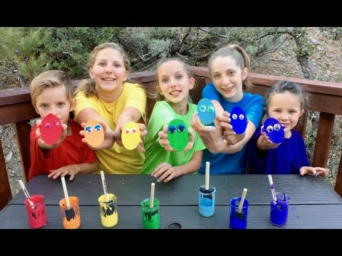Thumbnail: Learn English Colors! Rainbow Paint Oval Eyes with Sign Post Kids!