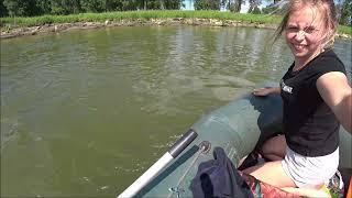 Крупные щуки на блесну Змеи по воде Рыбалка На щуку на реке