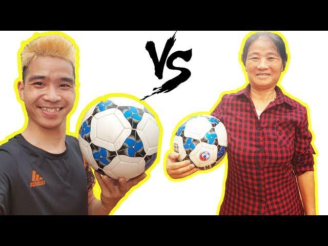 PHD | Solo Đá Bóng Với Mẹ | Mother Playing Football