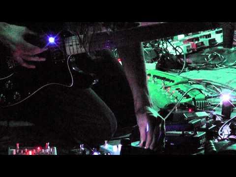 Barn Owl - Lotus Cloud || live @ Paradox Tilburg / Incubated || 05-05-2011