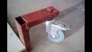 Лежак для ремонта машины
