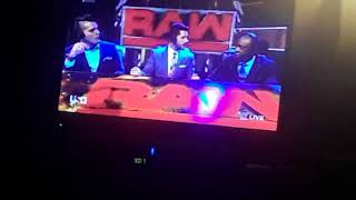 WWE Raw: Tom Phillips Join The Commentator