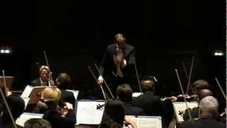 L.v. Beethoven · Symphonie Nr. 2 D-Dur op. 36 - I. Vivace | Kevin John Edusei