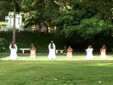 SKY Yoga - Sri Vedathri Maharishi (in Tamil)