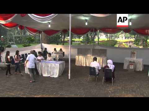 Polls open in presidential elections