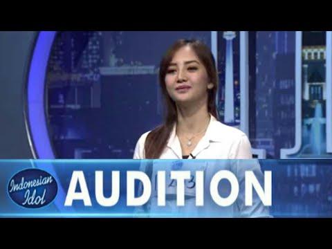 Sisca jadi suka bernyanyi.. berawal dari karaoke || Indonesian idol 2017