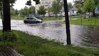 Zalana Warszawa podtopiona ulica 2020.06.22 Ulewa nad Warszawą