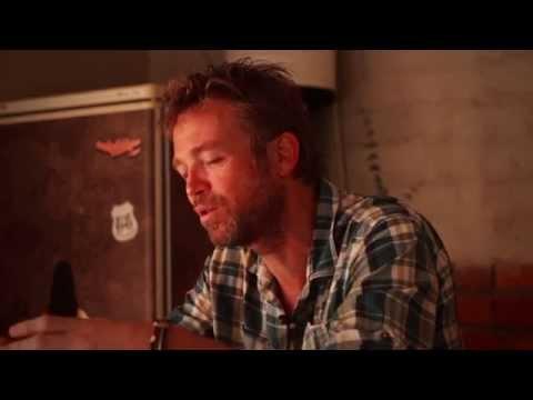 Valiant Swart praat oor 'die heruitreiking van Die Mystic Boer' op LP