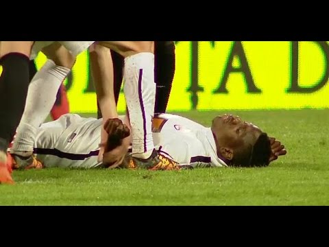 Patrick Ekeng from Dinamo Bucharest collapses and died on