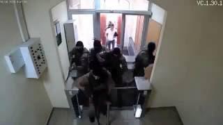 Укроспецназ форсирует турникет(Украинский спецназ