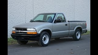 4K Review 2003 Chevrolet S-10 5-Speed Manual Pick-up Truck Virtual Test-Drive & Walk-around