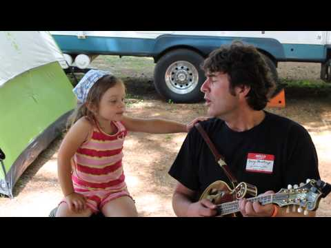 Little girl sings at Darrington Bluegrass Festival