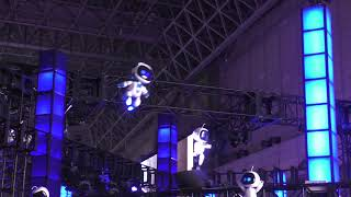 "Flying and Dancing ""ASTRO BOT""  PlayStation VR: Tokyo Game Show 2018"