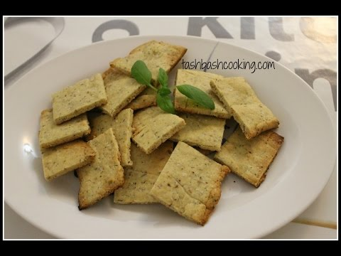 Garlic thyme crackers - Low carb, gluten free, banting/ketogenic/paleo lifestyle