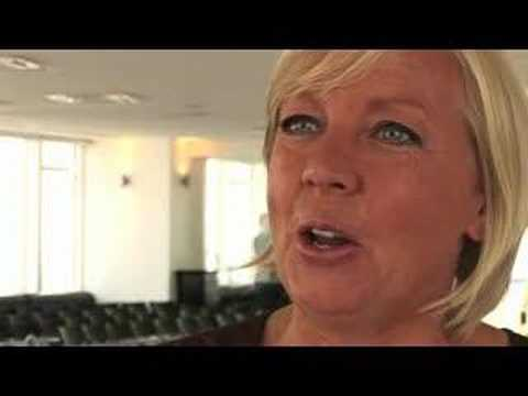Dragon's Den - Deborah Meaden launches Carbon Trust Standard