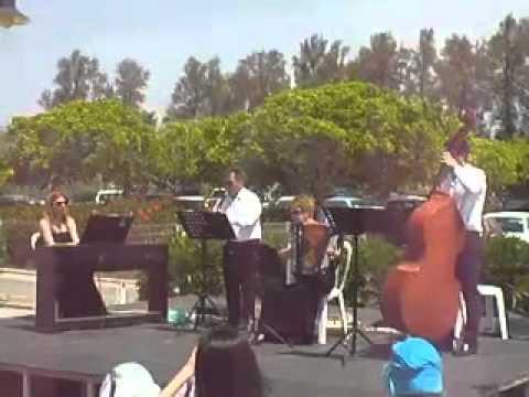 Music in Cyprus ROMANTIC QUARTET Por Una Cabeza.avi