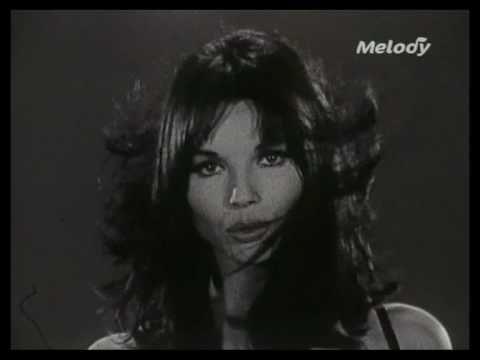 Elsa Martinelli - Je Croyais Que L'Amour (1967)