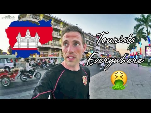 FOREIGNERS EVERYWHERE IN PHNOM PENH 🤮 - Vlog
