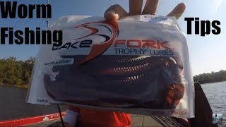 Video Lake Fork Bass fishing With Plastic Worms: Tips and Techniques download MP3, 3GP, MP4, WEBM, AVI, FLV April 2018