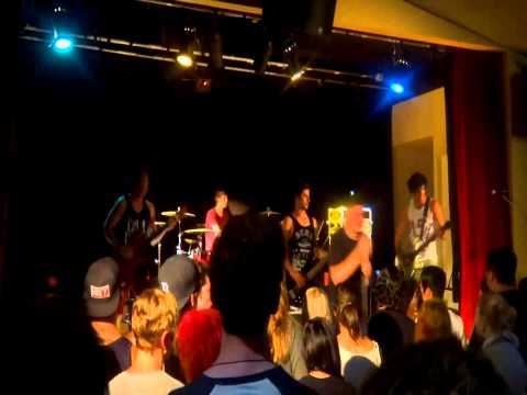 Glorified! - The Arrogance + Division LIVE @ Arrow On Swanston 25.01.2013