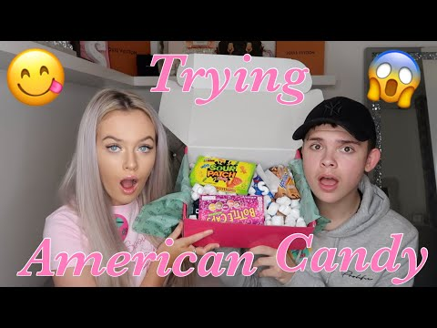 TRYING AMERICAN CANDY WITH MY BOYFRIEND!!🍬🥵