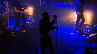 "Tricky ""You Don't Wanna"" + ""I Live Alone"" Live in Paris @ Bataclan 20.02.2015"