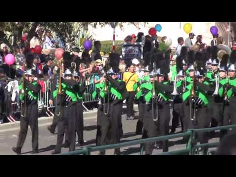 Thousand Oaks High School Marching Band @Fiesta Bowl Parade 2010 (re-post)