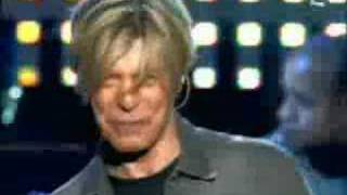 David Bowie - Modern Love Live 2004