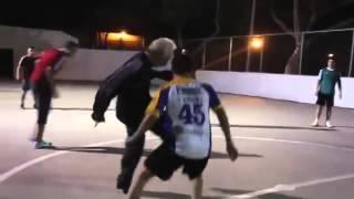 Дед показал как играть в футбол! СУПЕР