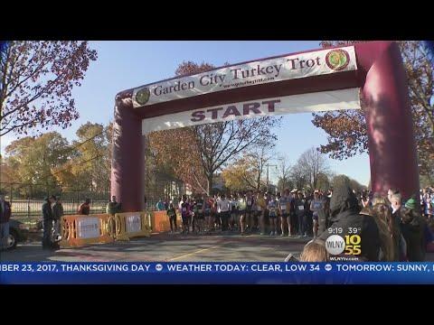 Garden City Turkey Trot Draws Thousands