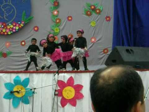 Pragya in her school on mother's day celebration - YouTube