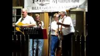FOGGY MOUNTAIN TOP sung by James Moores,Perry McCain, and Chuck Rice